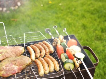 6 Useful Guides on Lighting a BBQ